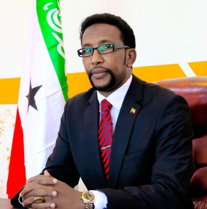 Daawo:-Musharaxa Halganka Ku Jira Ee Barkhad Jaamac Batuun Muxuu Ka Mudan Yahay Reer Somaliland?...Warbixin Gaar Ah