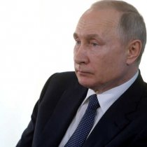 Putin Urges Action on 'Challenging' Energy Market